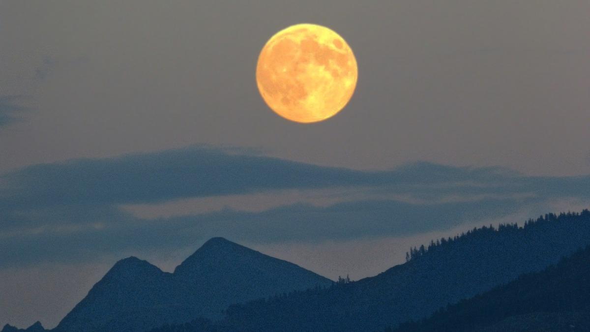 Moon Energy